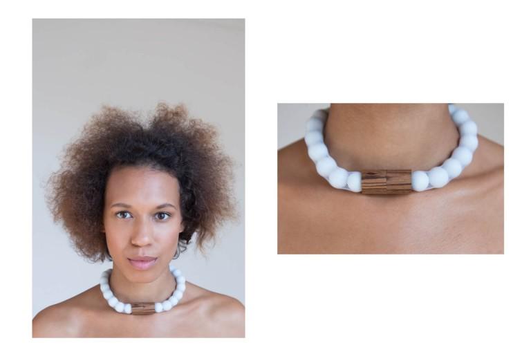 Adéla Pečlová | WOOD kolekce - náhrdelník zebrano bílý 01