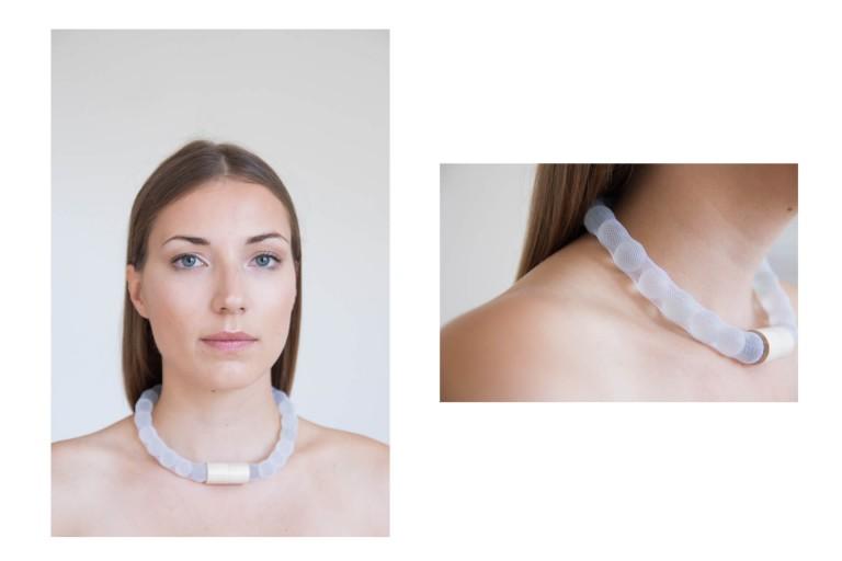 Adéla Pečlová | WOOD kolekce - náhrdelník javor abraziv 01
